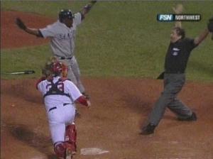 Yuni even makes umpires happy.